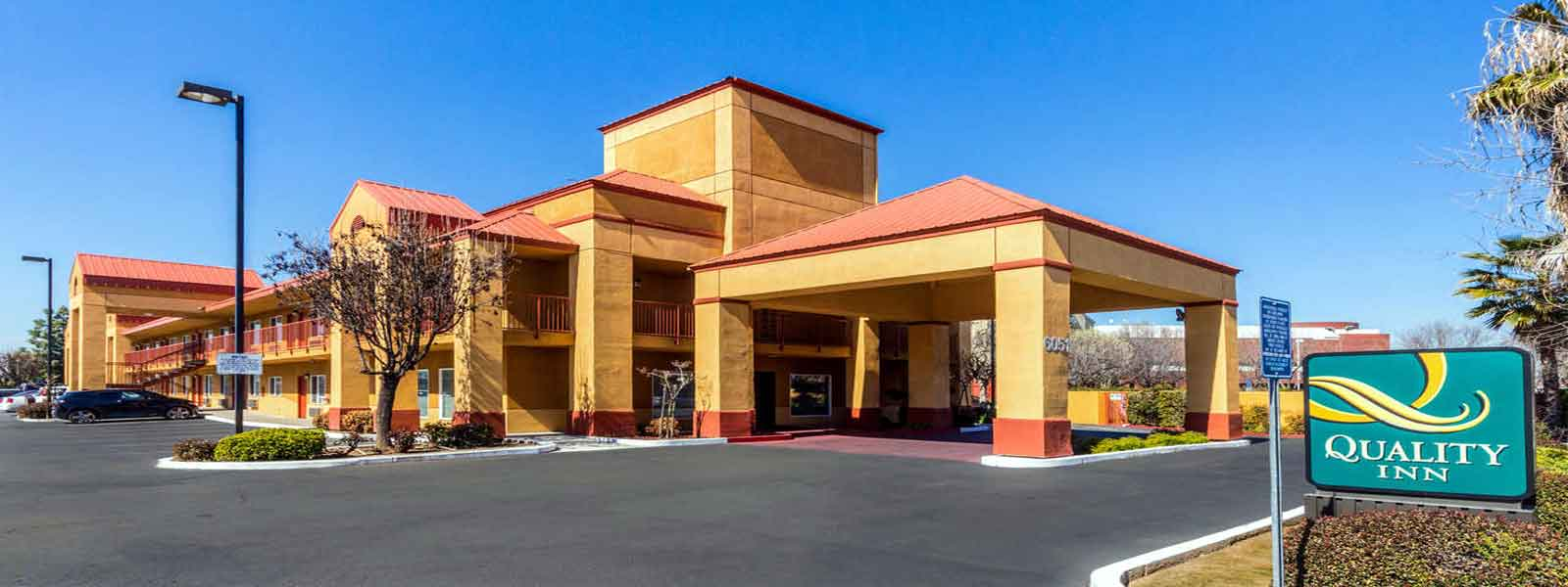 Clean Comfortable Rooms Lodging Hotels Motels in Fresno California